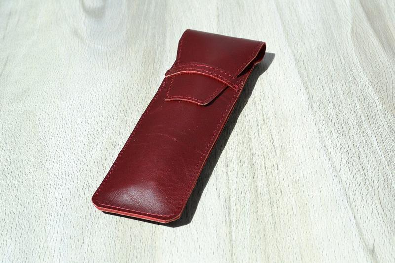 Кожаный пенал - конверт для двух ручек, Бордо