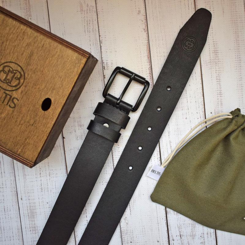 Мужской кожаный черный ремень под джинсы Monolit