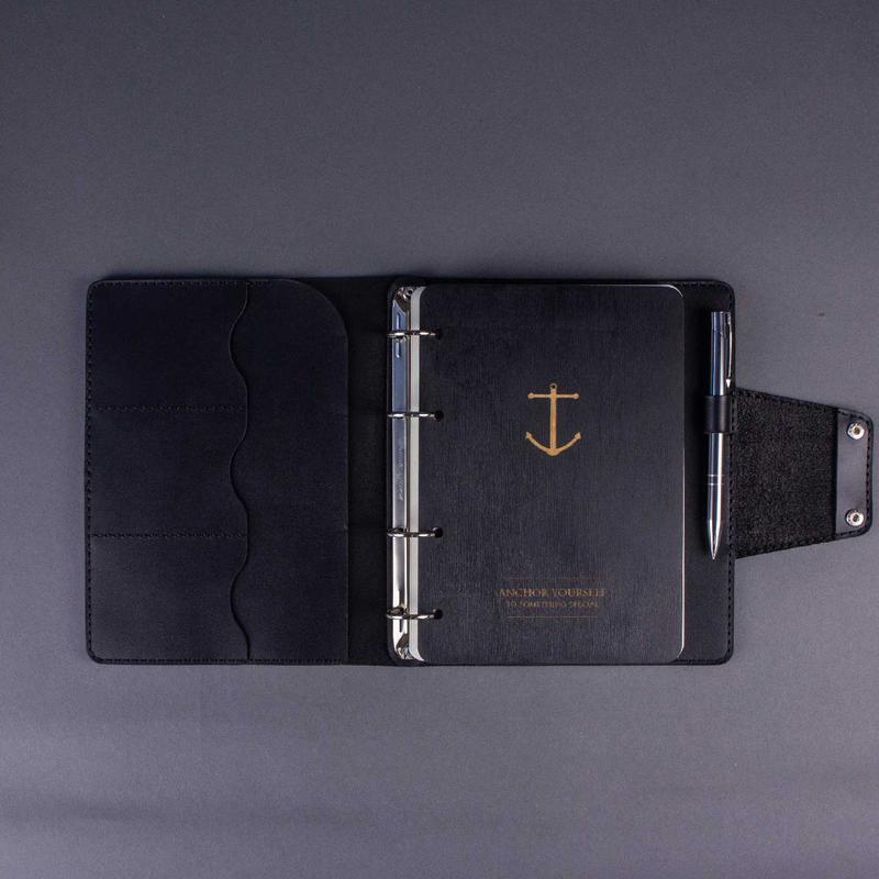 Кожаный деловой блокнот на кольцах (Кожаная обложка - Органайзер А5) со сменными блоками - Чёрный