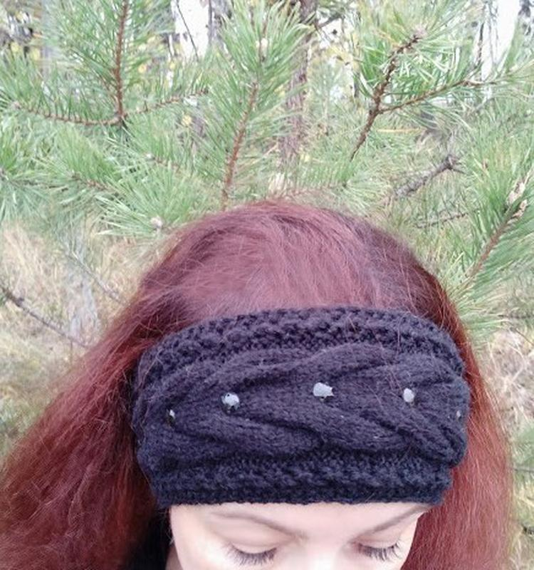 Вязаная повязка на голову. Теплая повязка. Вязаная повязка ручной работы.