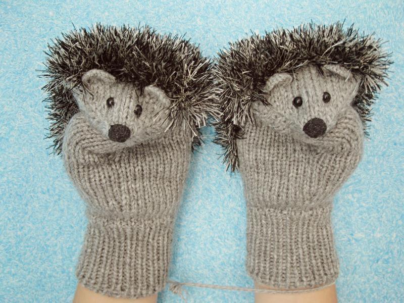 Ежики-варежки ( рукавицы). Игрушка. Подарок.