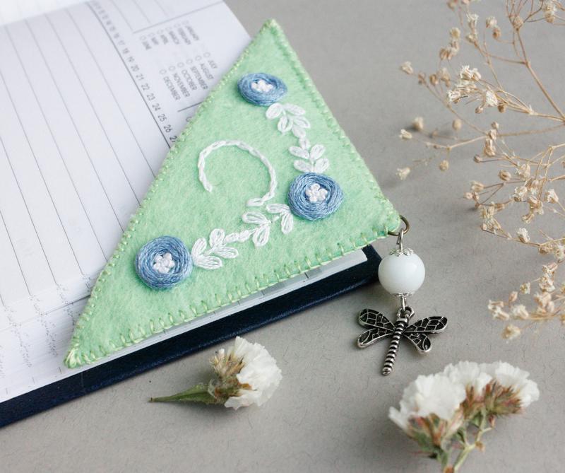 Именная закладка уголок Книжная закладка с монограммой Именной подарок на новый год