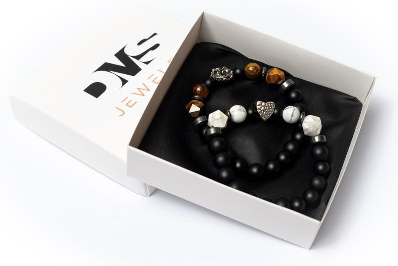 Парные браслеты мужские DMS Jewelry из шунгита, тигрового глаза, кахолонга PAIR TRIPLE POLYGON LION