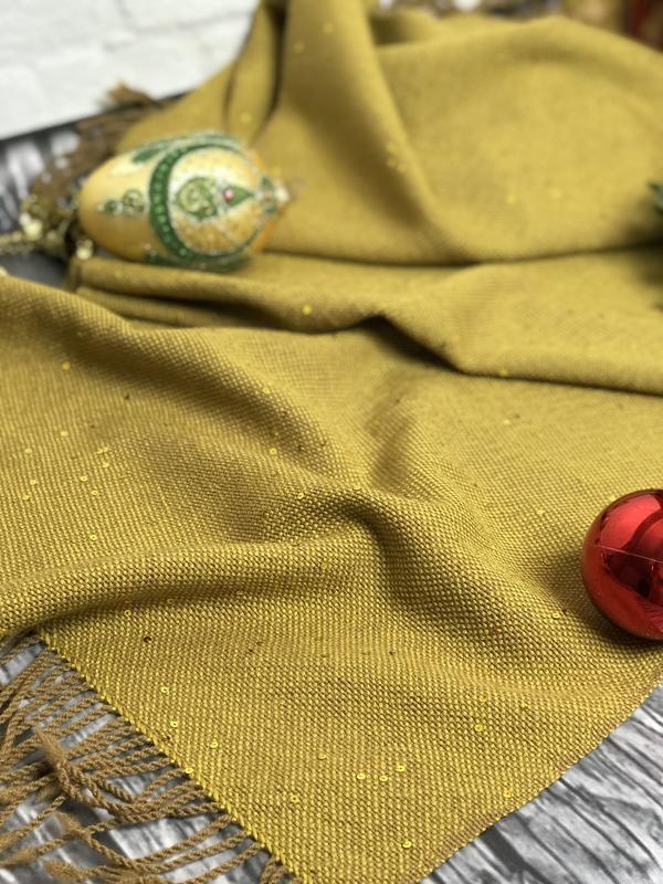 Тканый шарф горчичного цвета с пайетками