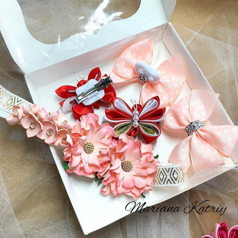 Набір прикрас для дівчинки: повязка, резиночки, заколочки