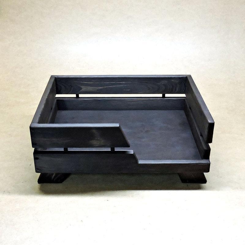 """Лежак деревянный для собаки """"Сиверс 54х39"""" венге"""