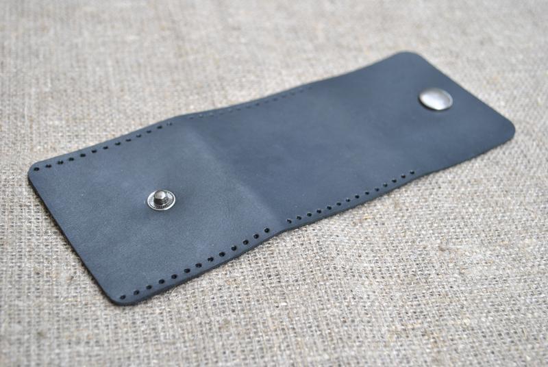 Невеликий гаманець для монет з натуральної шкіри M02-0+red