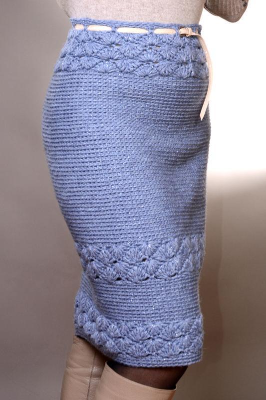 Шерстяная  вязаная юбка миди голубого цвета