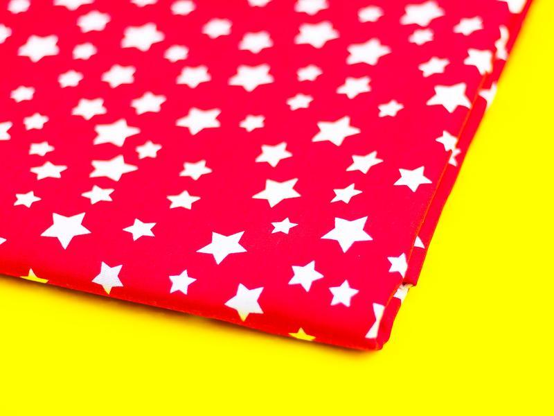 Ткань хлопок, отрез 30х40 см. Рисунок - белые звездочки на красном.