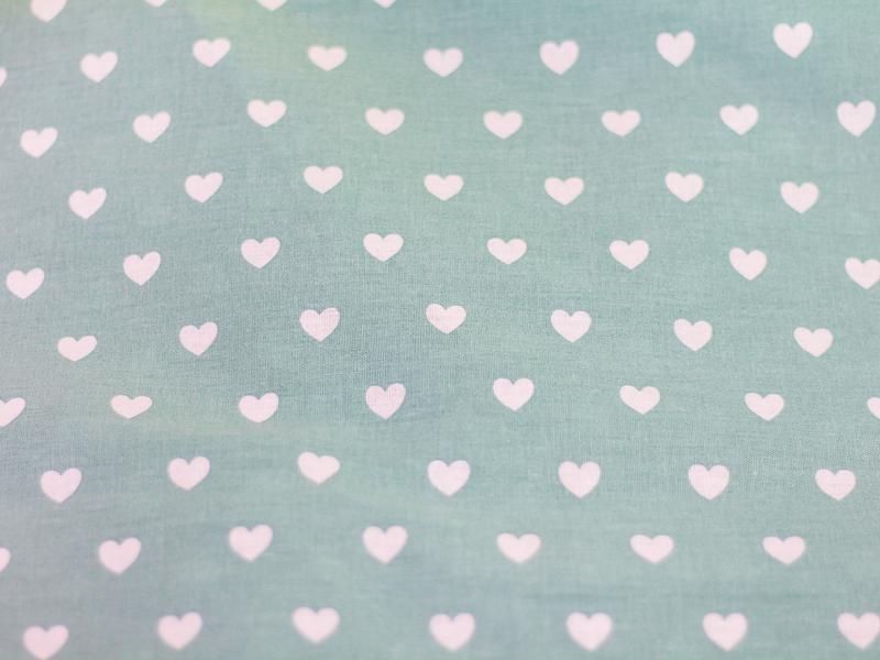 Ткань хлопок, отрез 30x40 см. Рисунок - белые сердечки на мятном.
