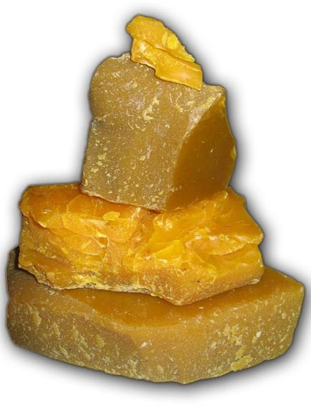 Віск бджолиний на вагу від 1 кг.