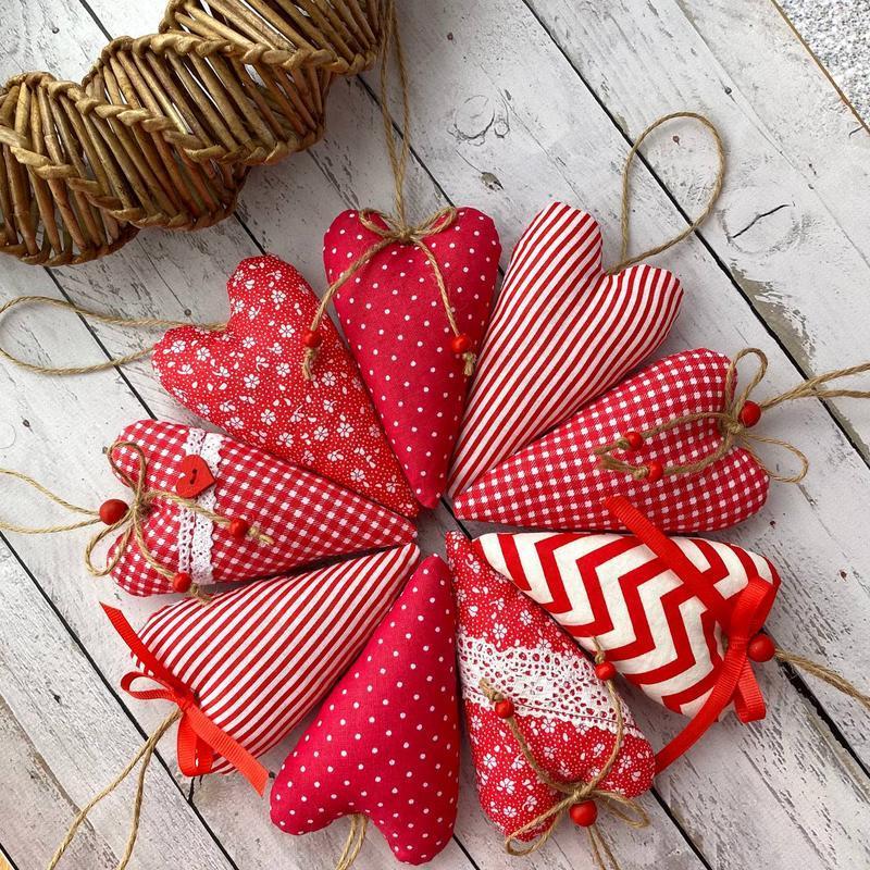 Набор валентинок. Текстильные сердечки