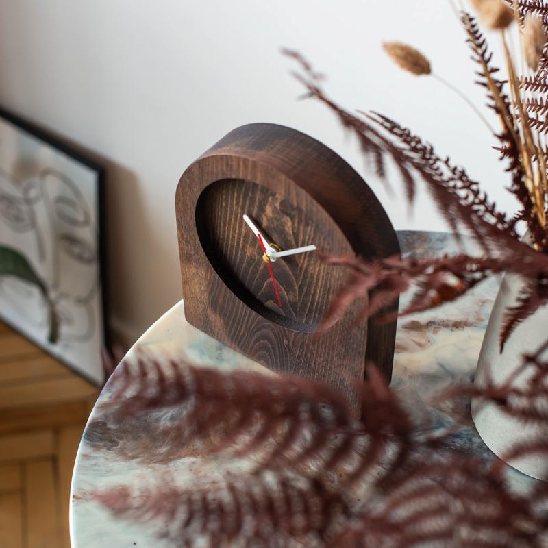 """Настольные часы из дерева """"Shaft I"""""""