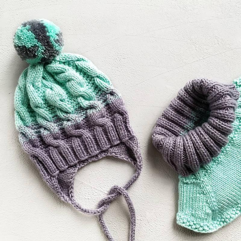 Шапка детская, комплект шапка манишка