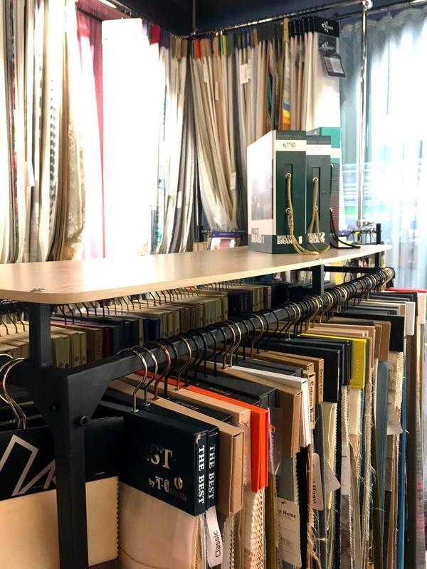 Напольная вешалка cтойка для одежды ЛОФТ с полкой металлическая