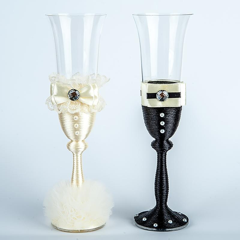 Бокалы для шампанского жених и невеста ( разные цвета)