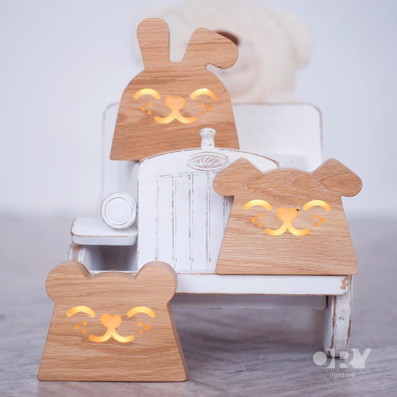 Дизайнерский деревянный ночник / светильник Ory Собачка с индивидуальной гравировкой