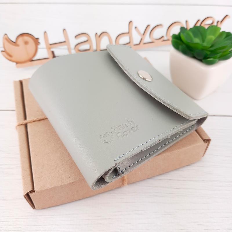 Женский кожаный кошелек маленький на кнопке Handycover HC0062 серый