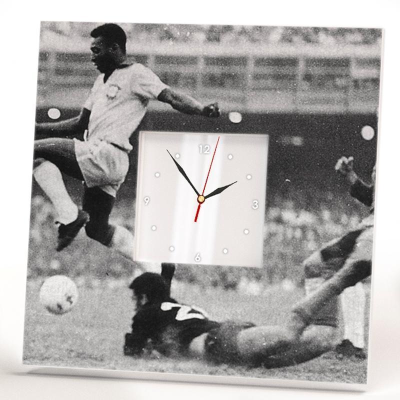 """Декоративні годинник з футбольною тематикою """"Пеле"""""""