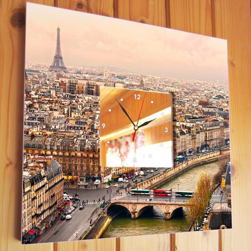 """Часы в подарок с декором """"Париж"""""""
