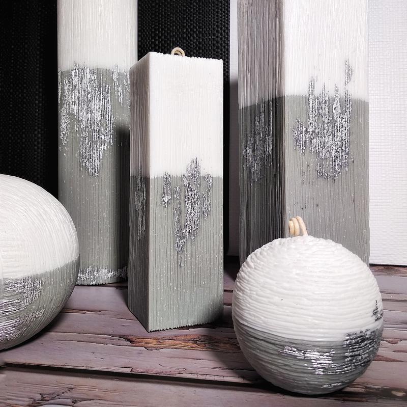 Интерьерные свечи с серебряной поталью. Цилиндр 28 см.