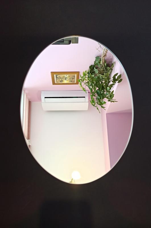 Овальное зеркало. Овальное настенное зеркало. Зеркало овальной формы. Декор для спальни