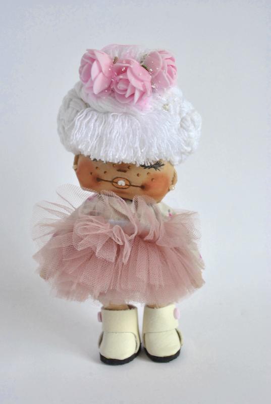 Кукла кокетка блондинка в пышной пачке