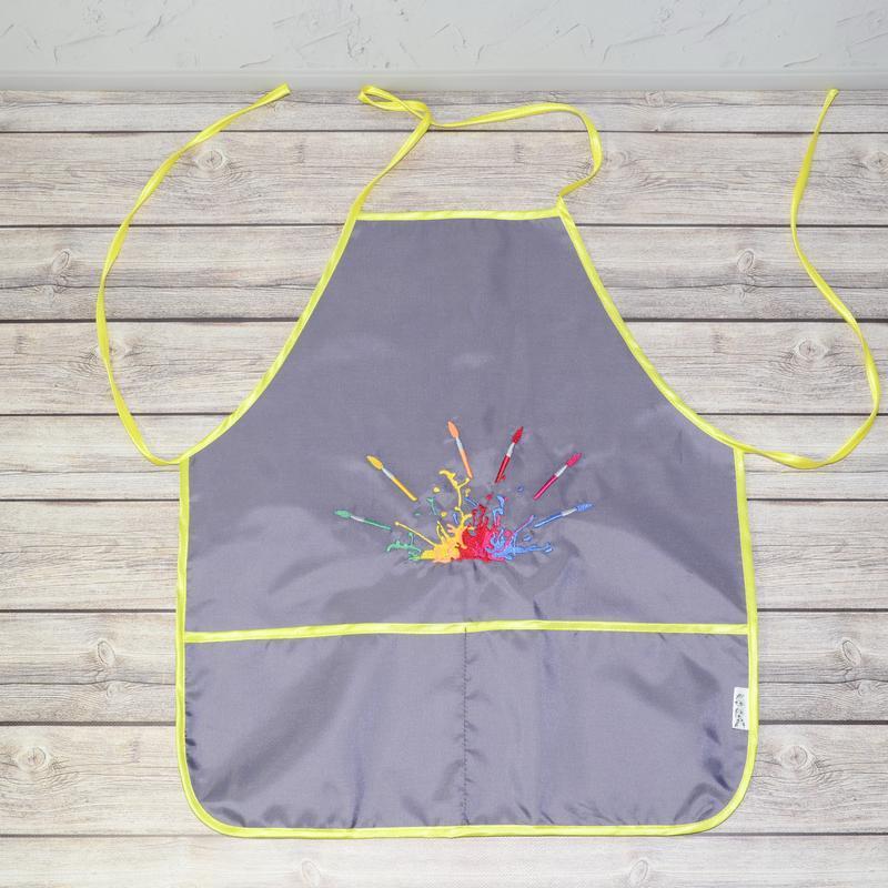 Фартук с нарукавниками детский - для трудов, рисования, кухни, с вышивкой - кисти и краски