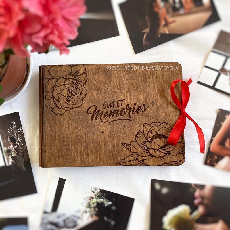 Фотоальбом из дерева - подарок на 8 марта девушке, жене, маме, тёще