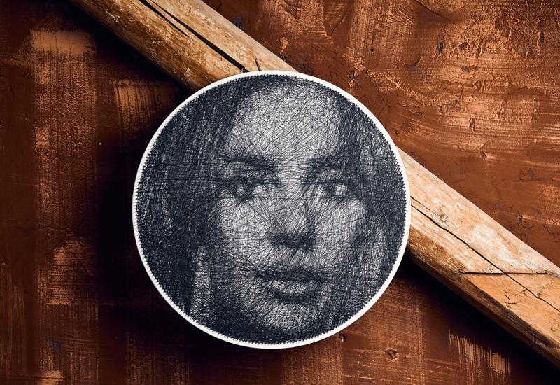 Жіночий портрет на замовлення! Портрет по фото в подарунок! Портрет із цвяхів і ниток!