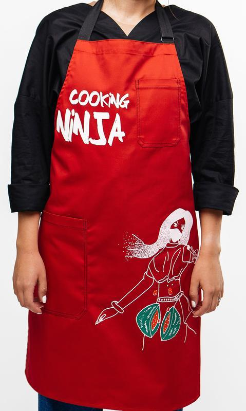 Креативный фартук Cook YEAH с принтом и регулируемыми застежками. Подарочная упаковка.