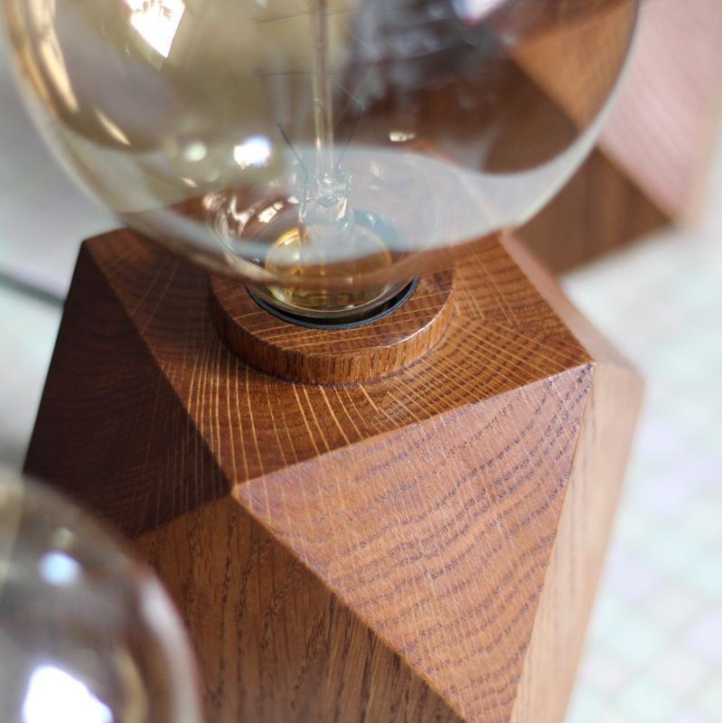 Светильник из дерева дуба. Лампа Эдисона. Кубический ночной светильник. Корпоративный подарок .