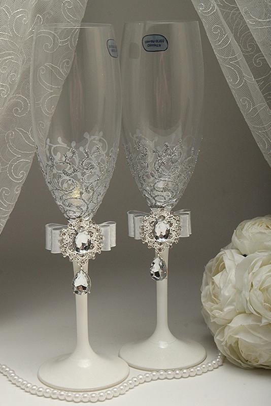 Свадебные бокалы яркие ( разные цвета)