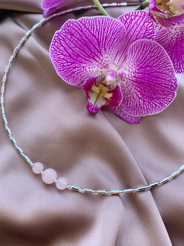 Чокер-кольє з рожевим кварцом,срібним гематитом