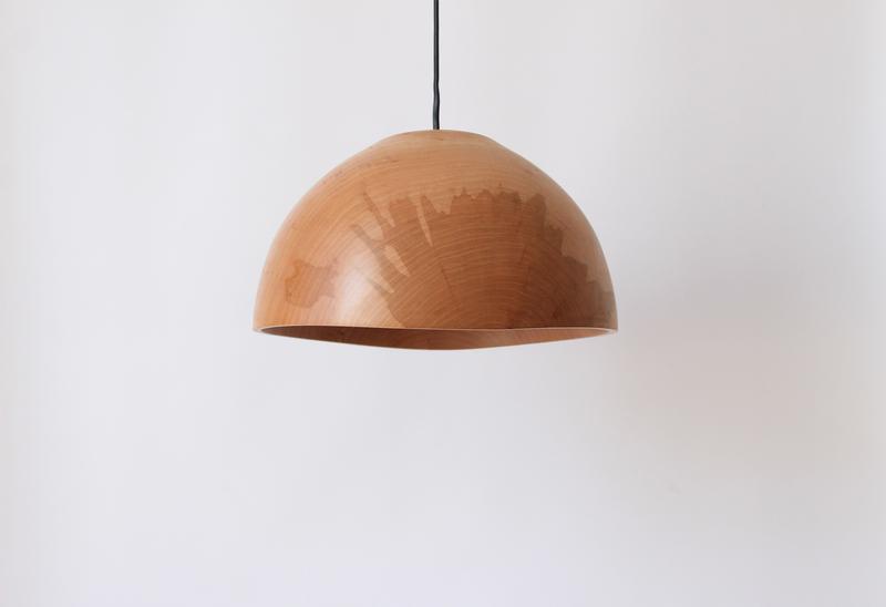 Кухонна люстра з дерева