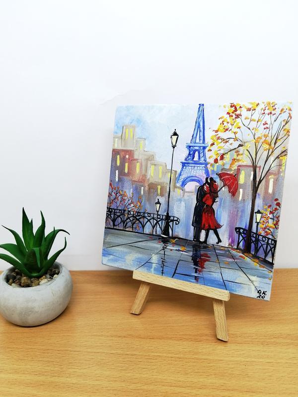Маленькая картина пара в Париже, Миниатюра маслом Париж, Картина с влюбленной парой