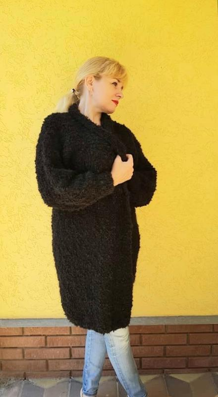 Черный длинный женский кардиган, вязаный спицами из буклированной пряжи