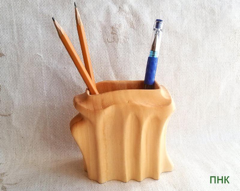 Своими руками подставка для карандашей из дерева