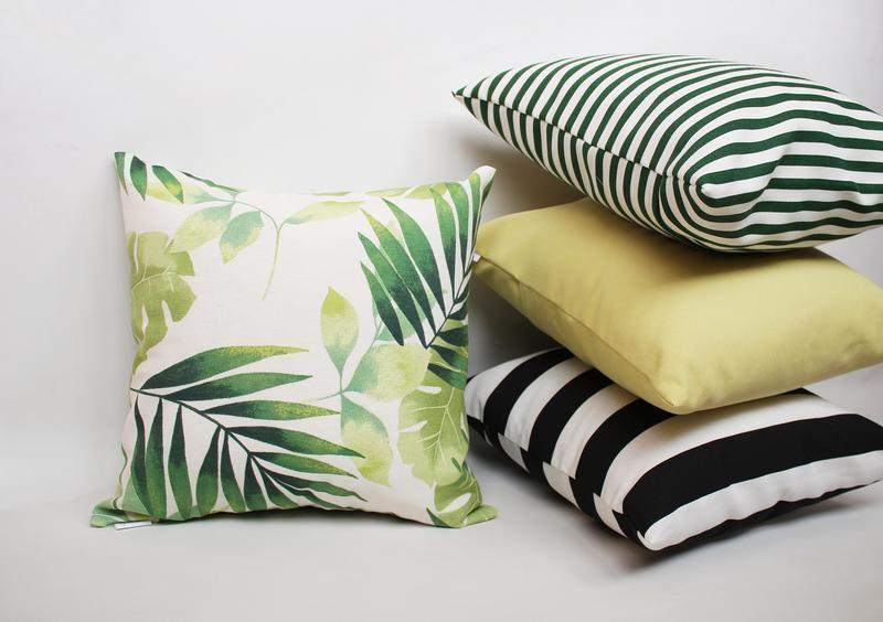 Декоративная подушка - геометрия киев, черно-белая подушка, подушка в полоску черная