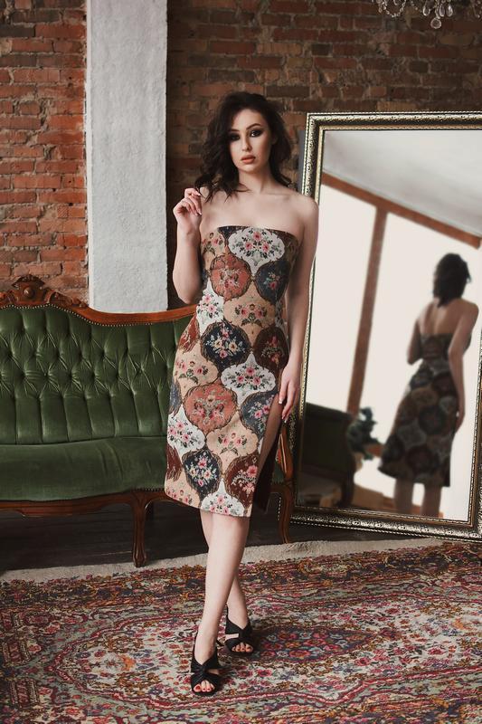 Гобеленовое платье