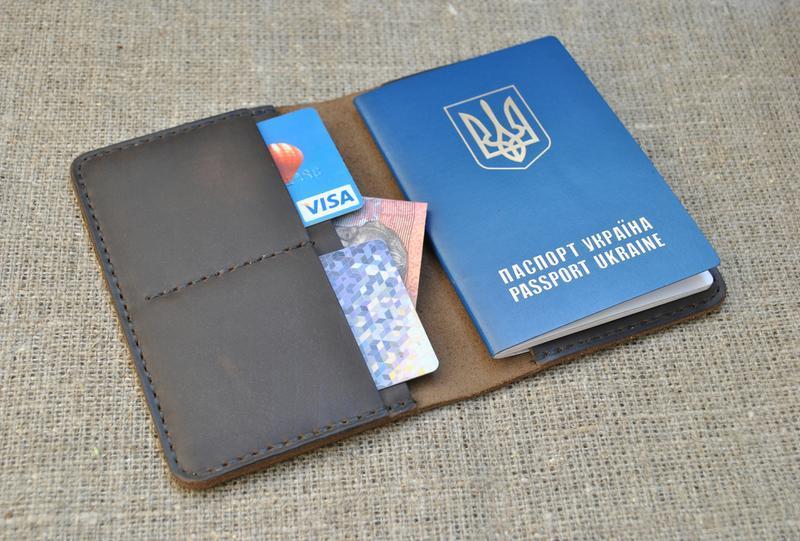 Шкіряна обкладинка для паспорта P02-450