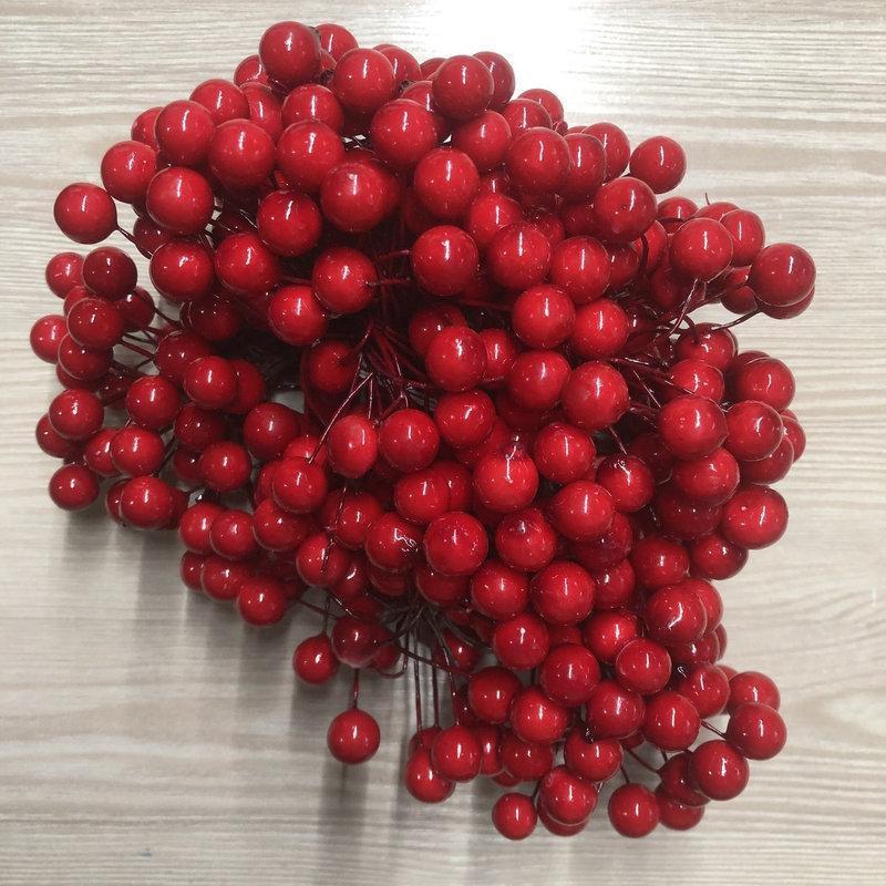 Ягодки красные на проволоке тычинки 10 мм для декорирования флористики рукоделия