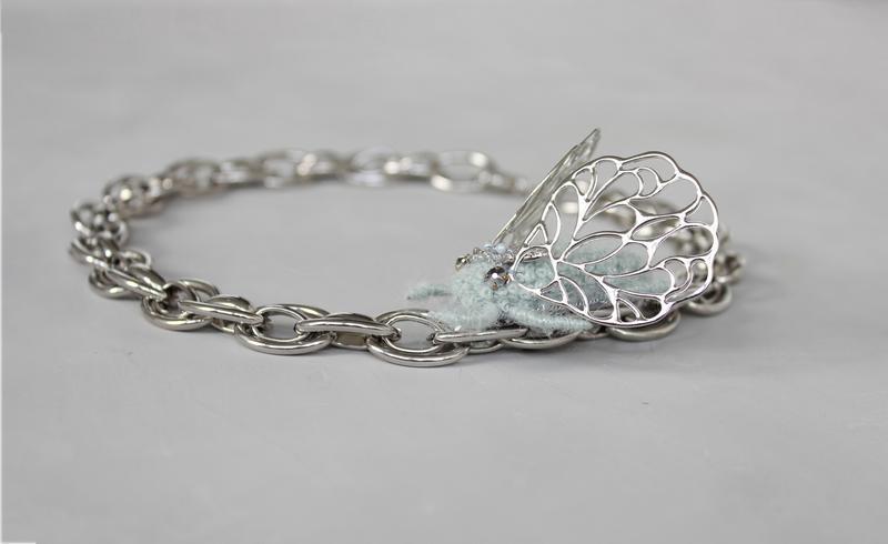 Цепь серебрянная крупная с вышивкой жук колье ручной работы модный чокер