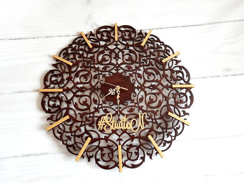 """Авторские часы настенные из дерева""""Винтажный орнамент """"50 см"""