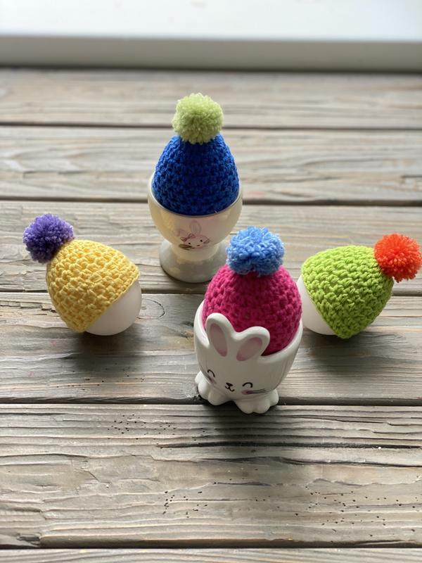 Вязаные шапочки для яиц, Декоративные шапочки на яйца, Вязаный декор для дома, Пасхальное украшение