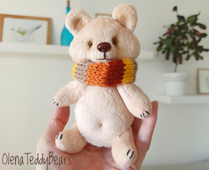 Плюшевый медвежонок со слоником