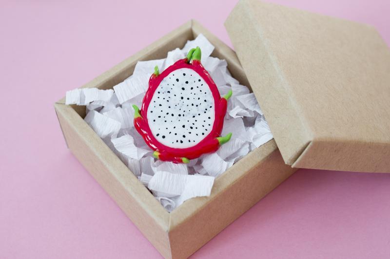 Брошь питахайя, летняя фруктовая брошь драконий фрукт, стильная брошь