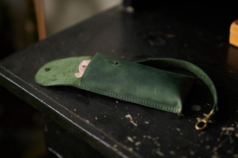 Футляр для очков с креплением на сумку