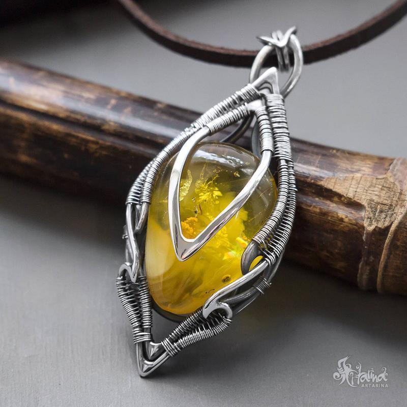 Серебряные кулоны с натуральными камнями