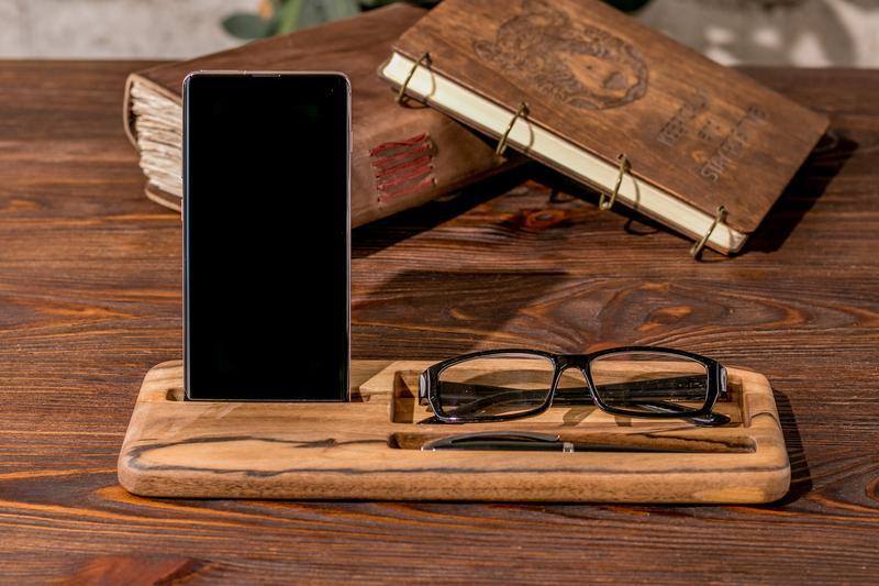 Деревянная Визитница Из Дерева Для Визиток Очков Ручек Телефона Смартфона iPhone Кредиток Карт